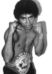 Gabriel Bernal boxer