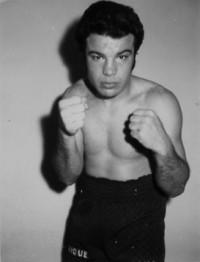 Enrique Jana boxer