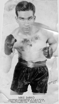 Mike Sarko boxer