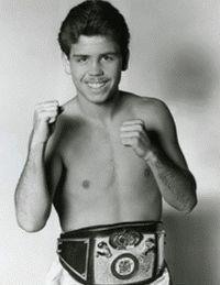 Greg Edelman boxer