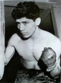 Chico Vejar boxer