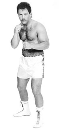 Ken Lakusta boxer