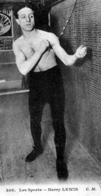 Harry Lewis boxer