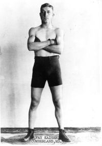 Fay Keiser boxer