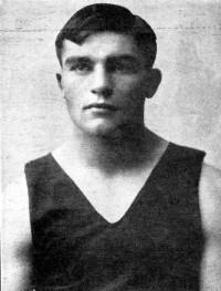 Leo Houck boxer