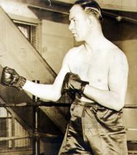 Chuck Wiggins boxer