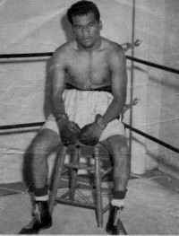 Dwight Hawkins boxer