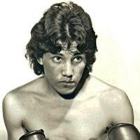 Mauricio Aceves boxer