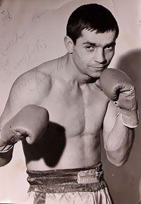 Enzo Farinelli boxer
