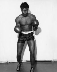 Amos Lincoln boxer