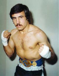 Roberto Castanon boxer