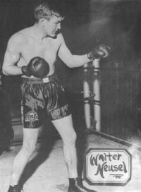 Walter Neusel boxer