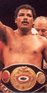 Saul Montana boxer