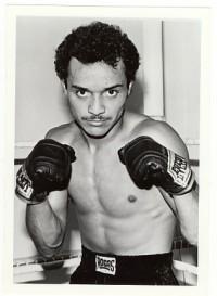 Ron Cisneros boxer