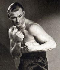 Karel Sys boxer
