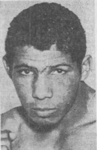 Johnny Santos boxer