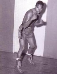 Ismael Laguna boxer