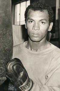 Miguel Herrera boxer