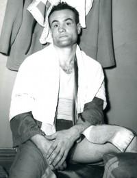 Vinnie Vines boxer