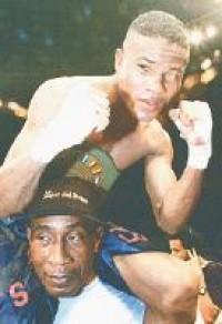 Armando Cordoba boxer