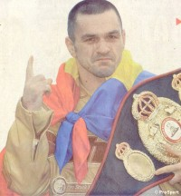 Leonard Dorin boxer