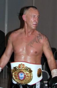 Andreas Sidon boxer