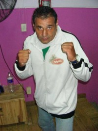 Walter Armando Masseroni boxer