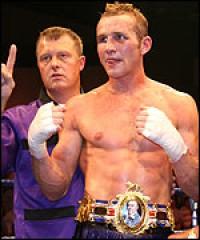 Scott Dann boxer