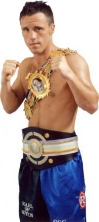 Graham Earl boxer