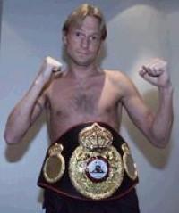 Johnny Bredahl boxer