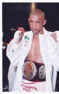 Earl Morais boxer