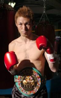 Takashi Koshimoto boxer