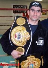 Koba Gogoladze boxer