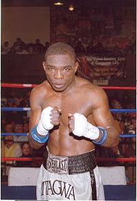 Rogers Mtagwa boxer