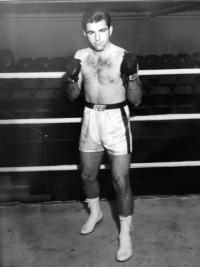 Gary Bates boxer
