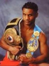 Steve Robinson boxer