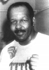Neville Meade boxer
