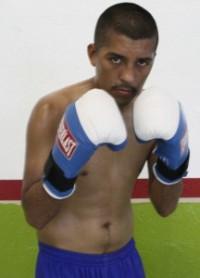 Roberto Carlos Leyva boxer