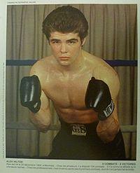 Alex Hilton boxer