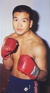 Kuniaki Shibata boxer