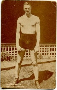 Knute Hansen boxer