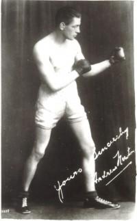 Andy Newton boxer