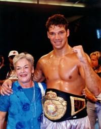 Lou Savarese boxer