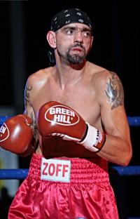 Stefano Zoff boxer