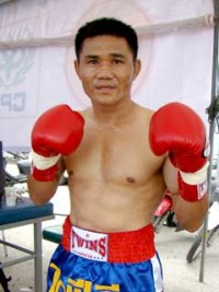 Thongchai Treeviset boxer