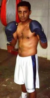 Cesar Alberto Leiva boxer