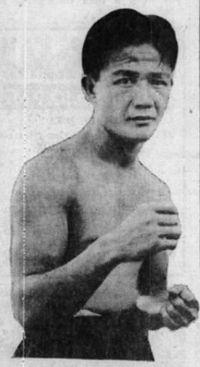 Tiny Murota boxer