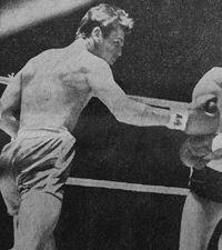 Brian Cartwright boxer