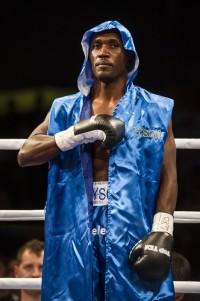 Betuel Ushona boxer