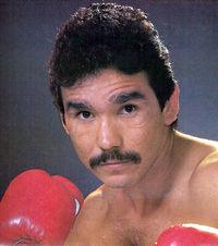 Gilberto Roman boxer